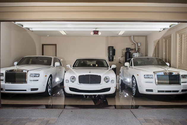 Mayweather Cars And Money Mayweather is a Known Car