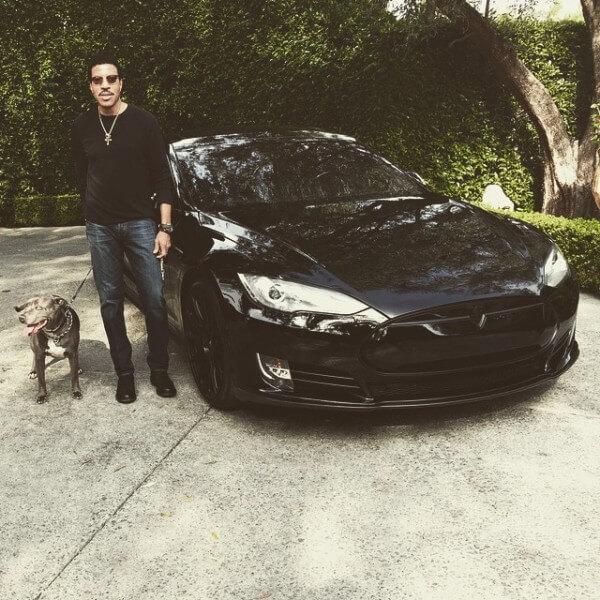 Lionel Richie In His Tesla Model S