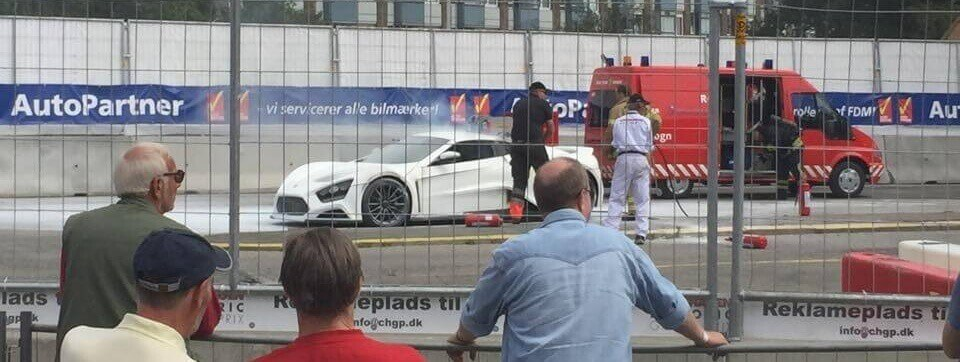 zenvo-catches-fire-again